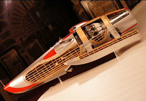 Model of the 'Crusader' Hydroplane