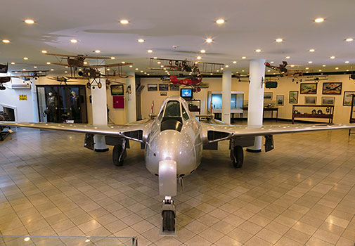 De Havilland Vampire FB Mk 6